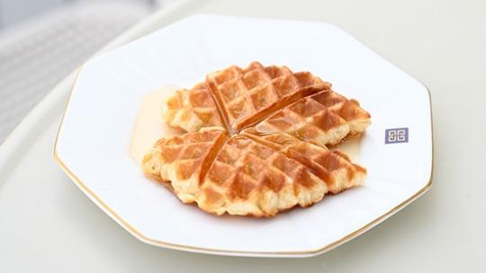 Croffle ขนมแบบใหม่จากการผสมผสานระหว่างครัวซองต์กับวาฟเฟิล