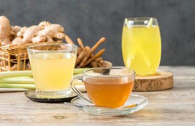 3 เครื่องดื่มสมุนไพรไทยยอดฮิต ที่ใช้ผักสมุนไพรไทยที่มีติดครัวดื่มได้ทั้งเย็นและร้อน