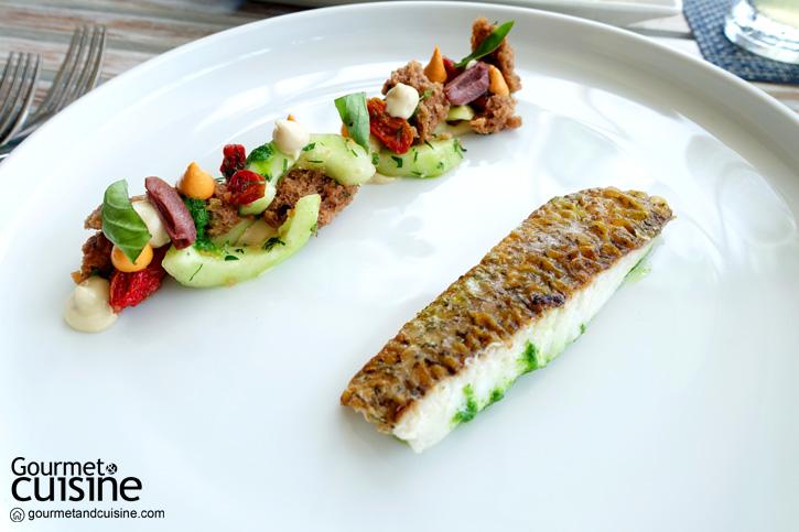 เนื้อปลากะพงกับสลัดพันซาเนลล่า