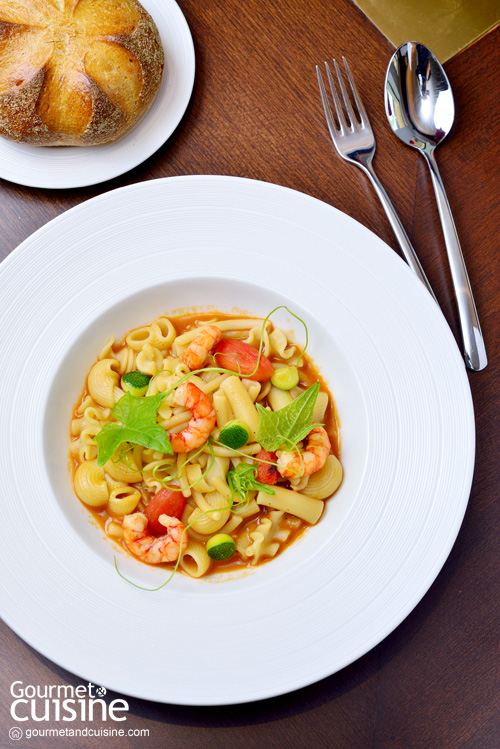 Mixed pasta in crustaceus and sesame infused broth