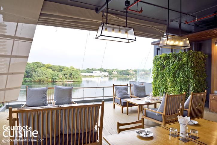 Vapor Seafood Bar & Restaurant