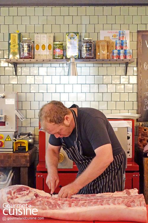 Sloane's Artisan และ Jamie's Italian