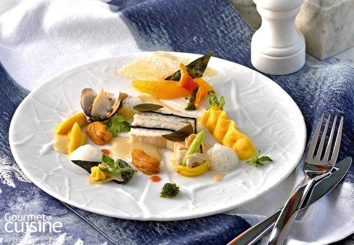 ปลาโดเวอร์โซลนึ่งกับมันฝรั่งดัชเชสและหอย