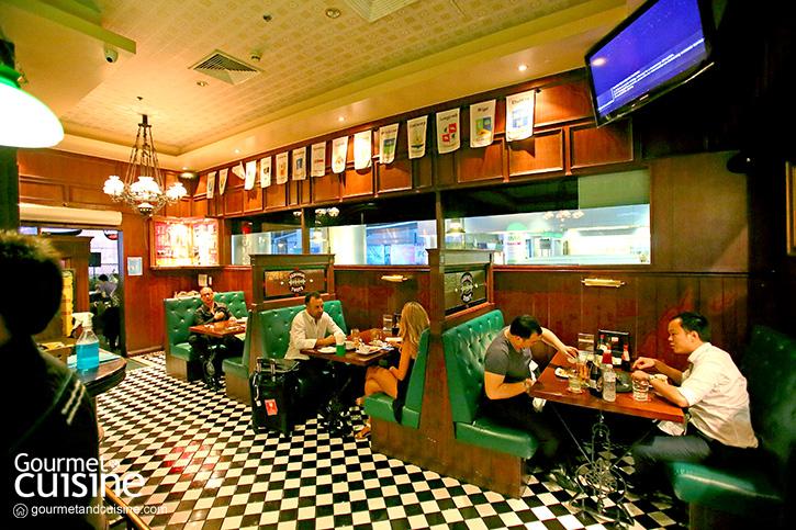 Flann O'Brien's Iris Pub ชิลเอาท์สไตล์ไอริช