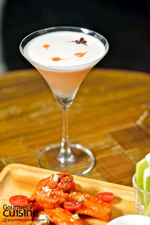 """ดื่มด่ำกับบรรยากาศสุดหรูใจกลางสุขุมวิทไปกับ """"MOJJO Rooftop Lounge & Bar"""""""