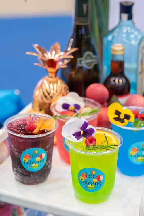 Pool Bar Party ปาร์ตี้เก๋ๆ ริมสระน้ำ