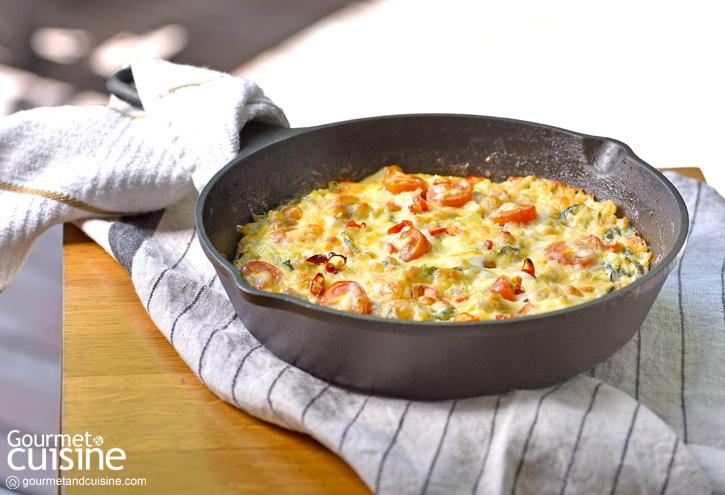 ไข่เจียวไส้กรอกอิตาเลียนกะเพราสไตล์อิตาเลียน (Italian Sausage and Holy Basil Frittata)