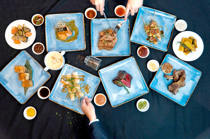 ห้องอาหาร ดิ โอเอซิส ณ โรงแรมนิกโก้ กรุงเทพ เปิดให้บริการบุฟเฟ่ต์อา ลา คาร์ท มื้อเย็น