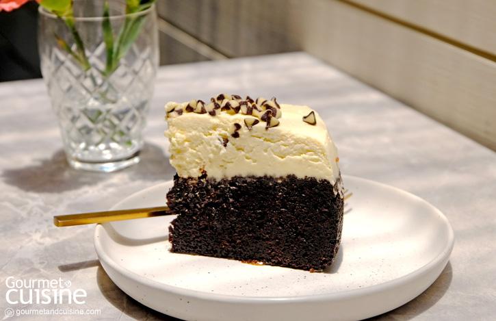 Signature Black Beer Cake : Truly Scrumptious