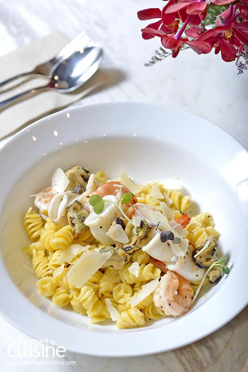 Fusilli with Seafood Cream Sauce