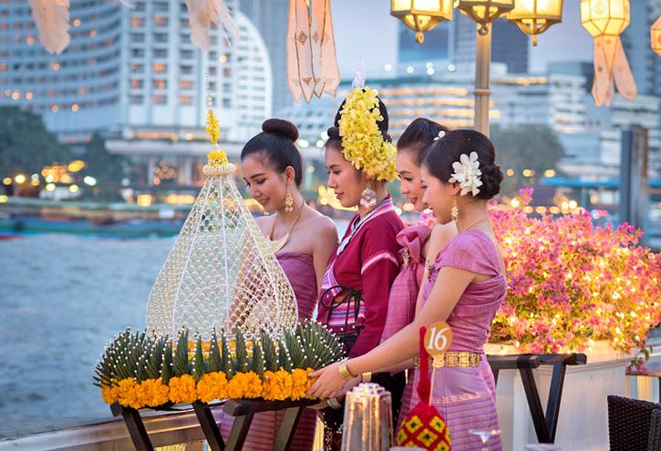 ฉลองเทศกาลวันลอยกระทง ณ โรงแรมแมนดาริน โอเรียนเต็ล กรุงเทพฯ ในค่ำคืนวันจันทร์ที่ 11 พฤศจิกายน 2562