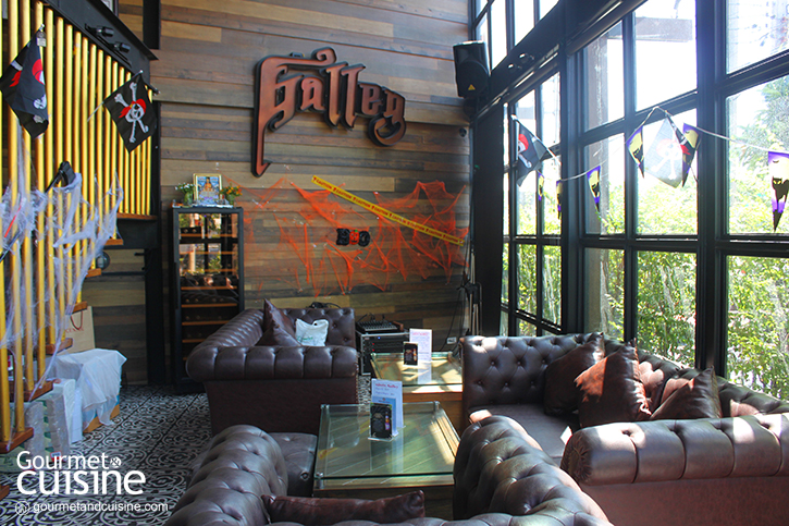 Galley Bar & Restaurant