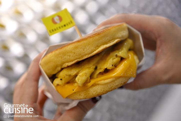 Crackhouse : อร่อยเน้นๆ กับเมนูไข่