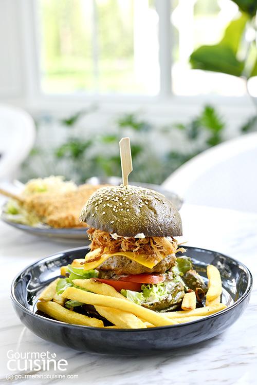 Invite Restaurant and Bar อาหารไทยโมเดิร์นในสวนสวยสไตล์อังกฤษ