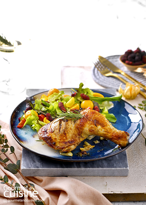 Roasted Chicken with Balsamic and Berries Salad