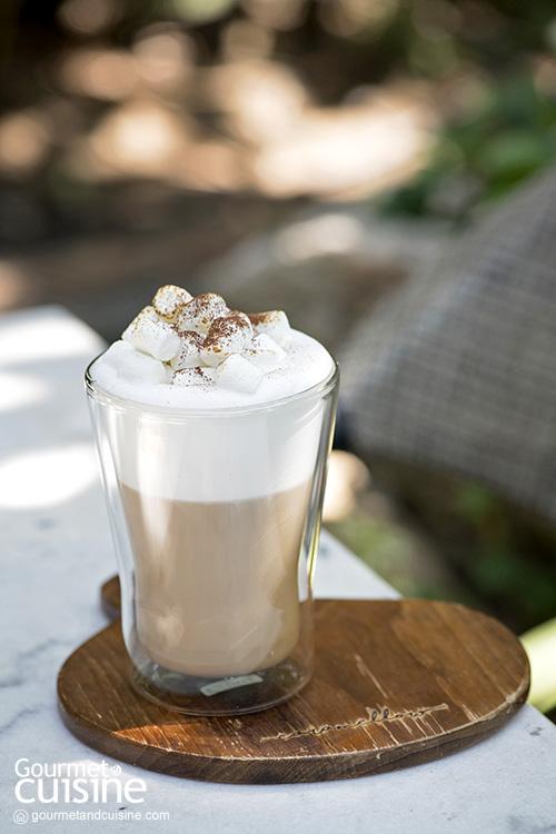 Caramellow Cafe รื่นรมย์ความอร่อยในสวนสวยใกล้สนามบินเชียงใหม่