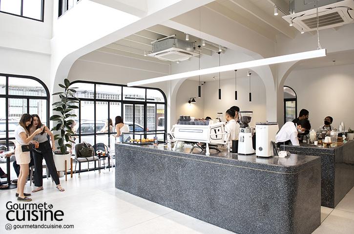 Varen BKK ชวนไปจิบกาแฟในคาเฟ่แห่งใหม่บนถนสายเก่า