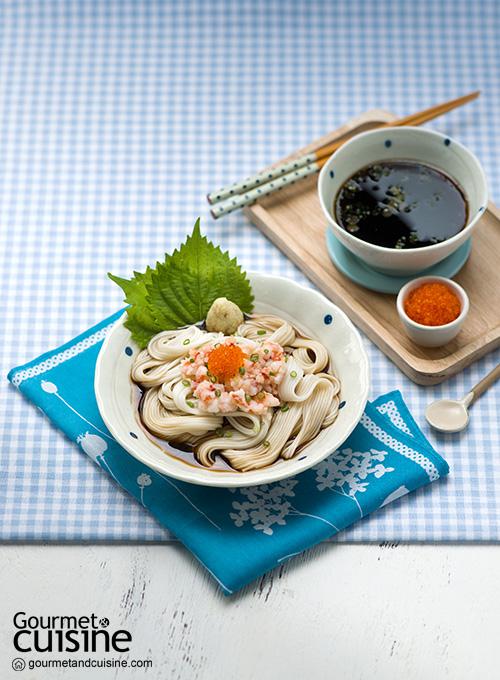 โซเมงเย็นกับกุ้งและไข่ปลา