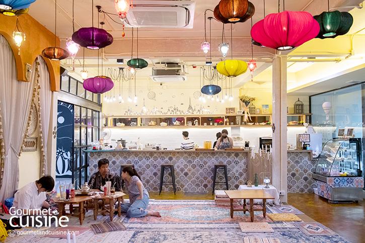 ท่องโลกอลาดินกับตะเกียงวิเศษที่ Agrabah Café ใกล้ BTS บางจาก
