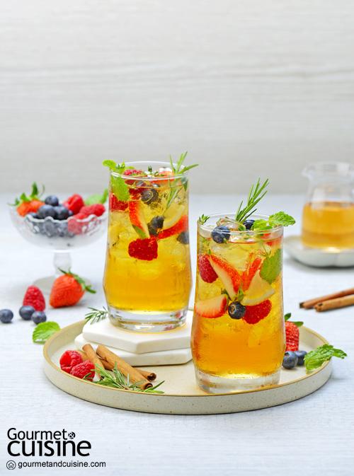 ชาเย็นมินต์กับน้ำเชื่อมอบเชยและเบอร์รี