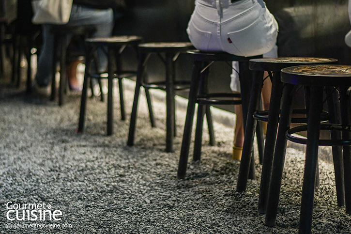 Labyrinth Café