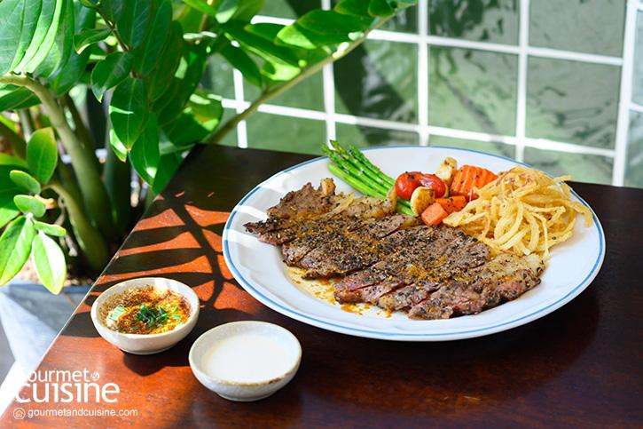 เนื้อหอม คาเฟ่ ร้านอาหารฝั่งธนที่หยิบวัตถุดิบจากชุมชนรอบ ๆ มาไว้รวมกัน