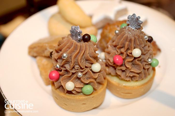 จิบ Christmas Afternoon Tea ฉลองคริสต์มาสแบบเรียบง่าย ที่ Bangkok Marriott Marquis Queen's Park