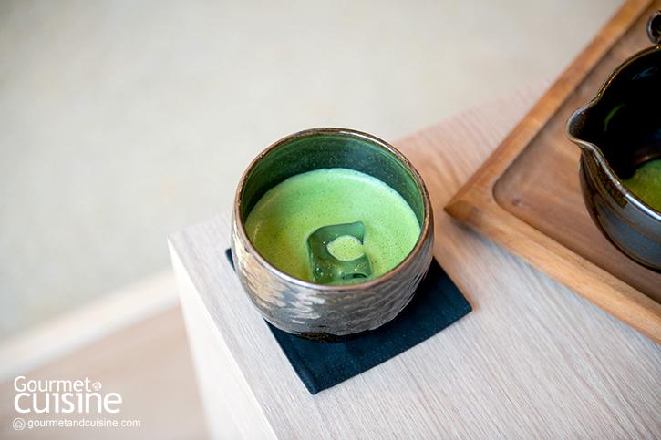ดื่มด่ำไปกับชาเขียวสุดพรีเมียมที่ร้าน Time's House Tea Room