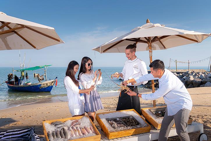 โรงแรมโซ โซฟิเทล หัวหิน นำเสนอประสบการณ์ใหม่กับโปรโมชั่น 'SATURDAY FISHERMAN AT SO' เลือกวัตถุดิบสดๆจากทะเล เสิร์ฟความอร่อยถึงโต๊ะ