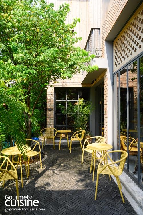 Little Friend Coffee จิบกาแฟดีที่คาเฟ่ลับแสนร่มรื่นแห่งซอยศูนย์วิจัย