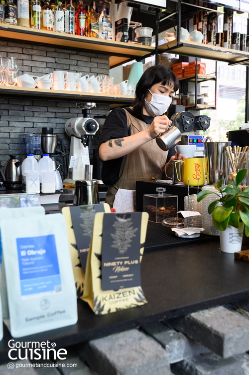 Kaizen Coffee ร้านกาแฟสุดเท่ที่เอกมัย