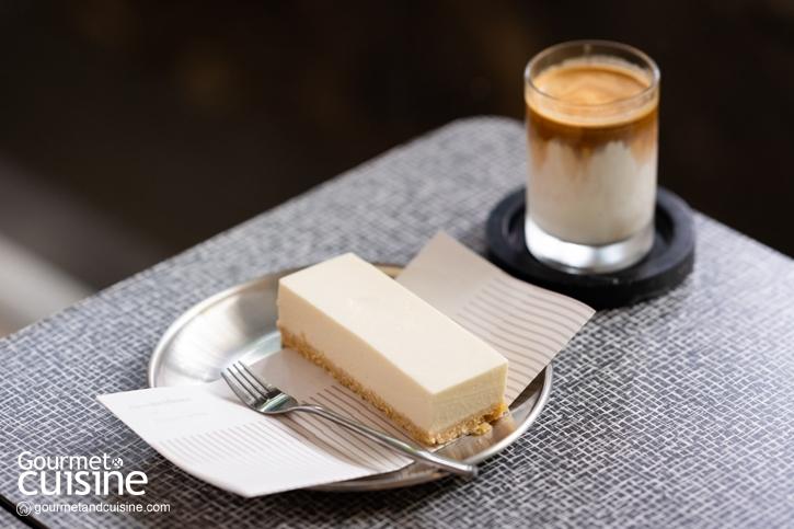 ดื่มด่ำกาแฟคุณภาพ ในคาเฟ่สไตล์มินิมอลบนถนนสุขุมวิท Co-incidence House