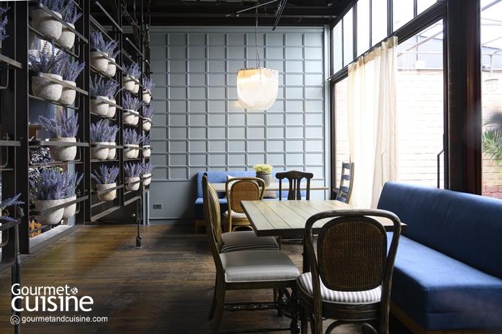 Maison Bleue คาเฟ่ฝรั่งเศสสุดรื่นรมย์เปิดใหม่ ซอยสุขุมวิท 24