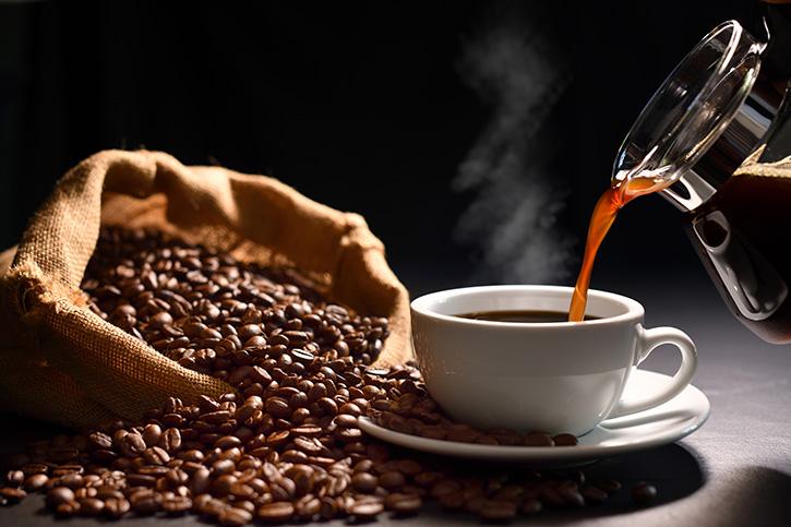 6 ประโยชน์ของกาแฟ ดื่มอย่างพอเหมาะก็ดีต่อสุขภาพนะ