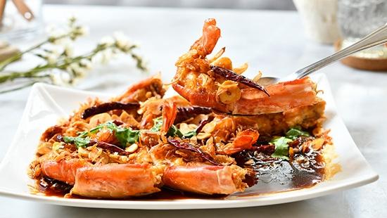 จานกับข้าว ร้านอาหารไทยโฮมเมดอร่อย ในซอยวิภาวดี 20