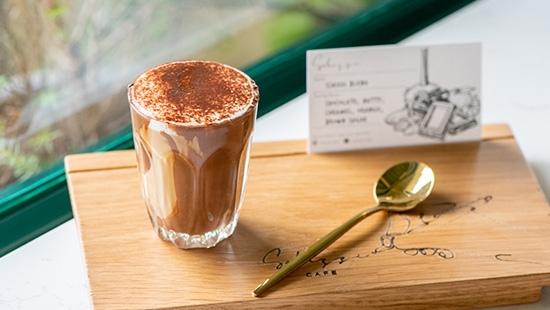 Schizzi Cafe คาเฟ่ร่วมสมัยในย่านกรุงเก่าบน ถ.จักรพรรดิพงษ์