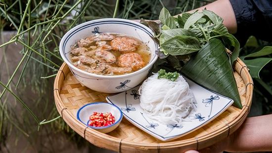 Maison Saigon (สินทร วิลเลจ หลังสวน) ร้านอาหารเวียดนามสไตล์โฮมคุกกิ้งตำรับไซง่อน